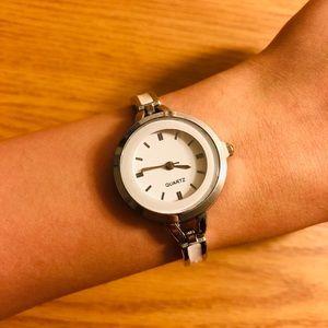Silver white bracelet watch